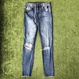 Design lab skinny blue jeans ripped knees